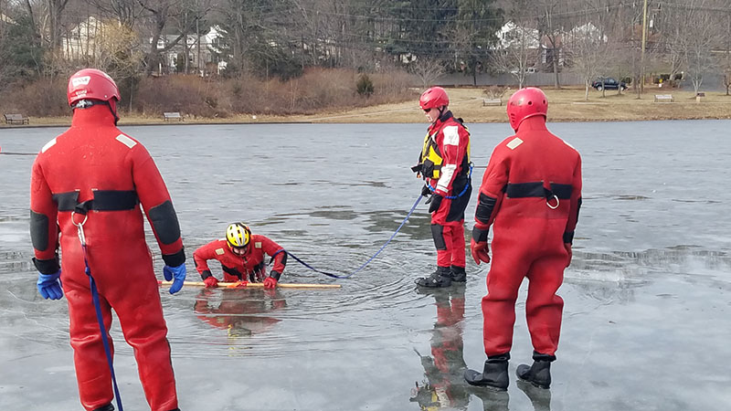 rescue-products-international-ice-rescue-training-jan-2018-27.jpg