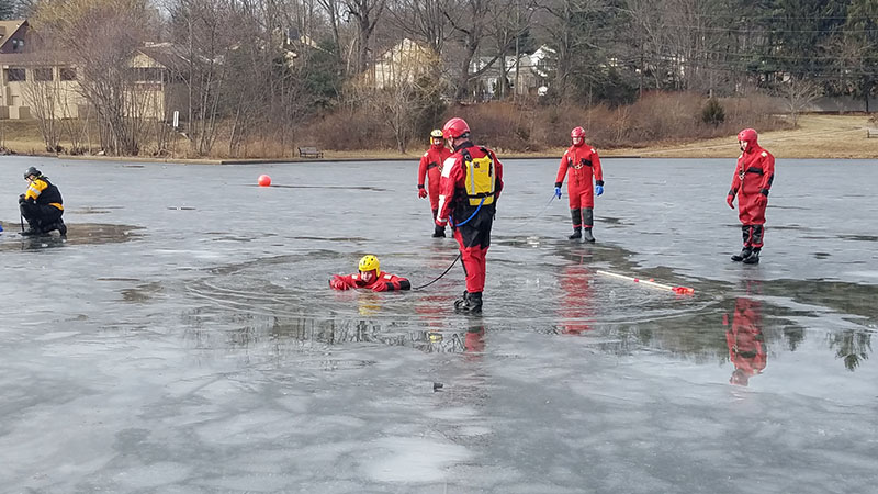 rescue-products-international-ice-rescue-training-jan-2018-30.jpg